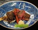 وجبة لحم بقر أوزاكي حلال مشوي على الفحم  27,500 ين ياباني 10 أشخاص