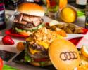 【選べるAudiバーガーコース】デザートも選べる、近江牛のオリジナルバーガーなどを味わう