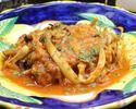 丹波あじわいどりモモ肉のビネガー風味のトマト煮