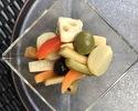 TAKEOUT!! オリーブと野菜のピクルス