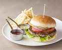 【TAKE OUT】熊本県産あか牛の贅沢バーガー~北海道産小麦100%天然酵母パンで~