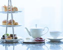 【Two hours and a half hours】Signature Afternoon tea with a glass of sparkling wine