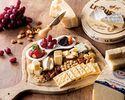 事前予約限定(1ドリンク付き)ワインと楽しむ「チーズボード」 シェフおすすめのチーズと季節のフルーツ