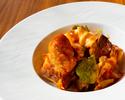 【おうちdeホテルグルメ】豚のスペアリブのキャベツとトマト煮込み(パン付き)