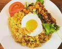 [Take out] Nasi goreng fried egg + lunch box with satay