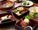 季節の三段弁当 5,700円(税サ込)