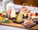 【アフタヌーンティーセット】自家製フォカッチャのオープンサンド6種と新作スイーツ3種、多彩な味を満喫
