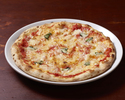 Cheese pizza flavored with tomato sauce